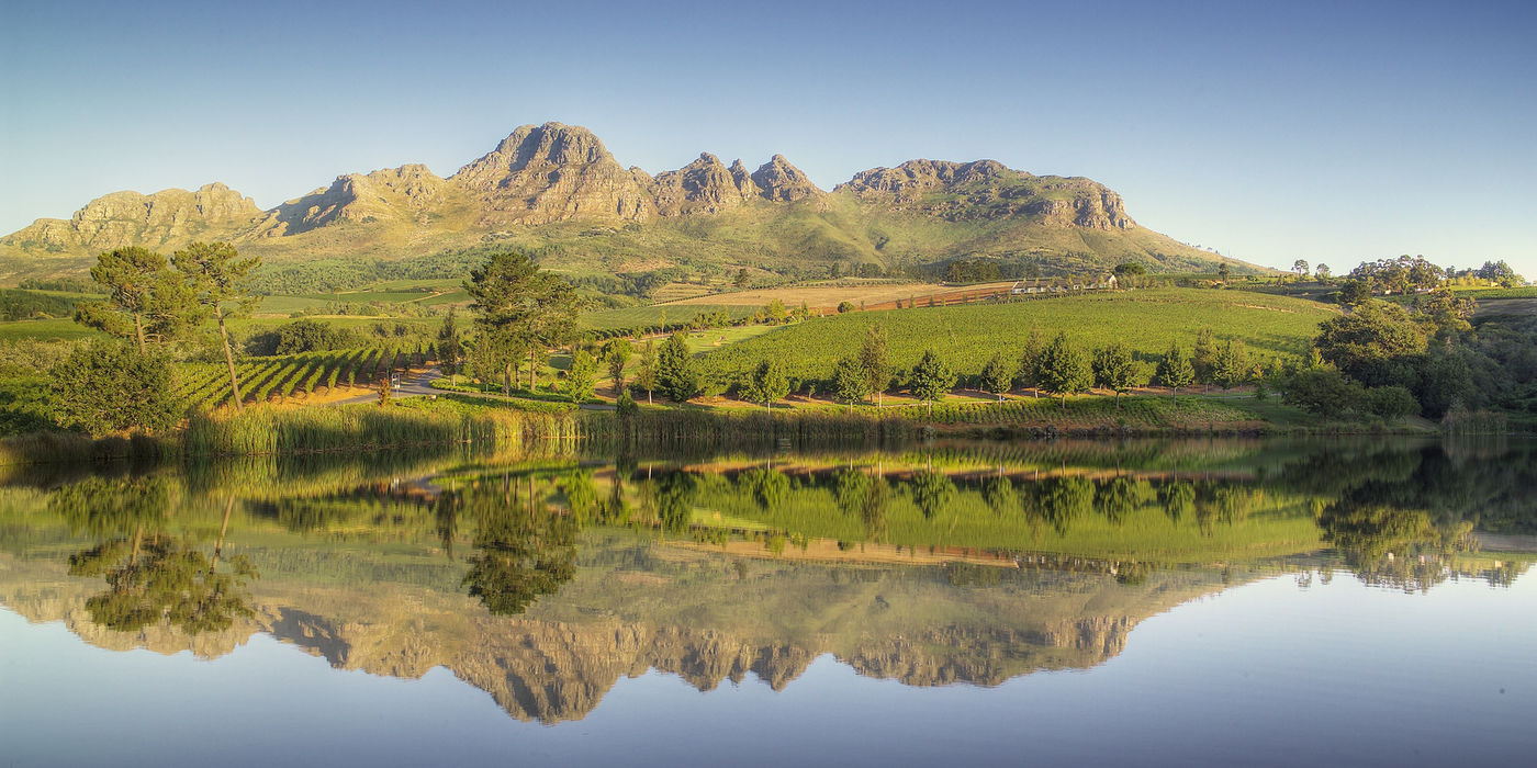 Stellenbosch Wine Routes Dramatic Landscape Mountains Vineyard Covered Hills